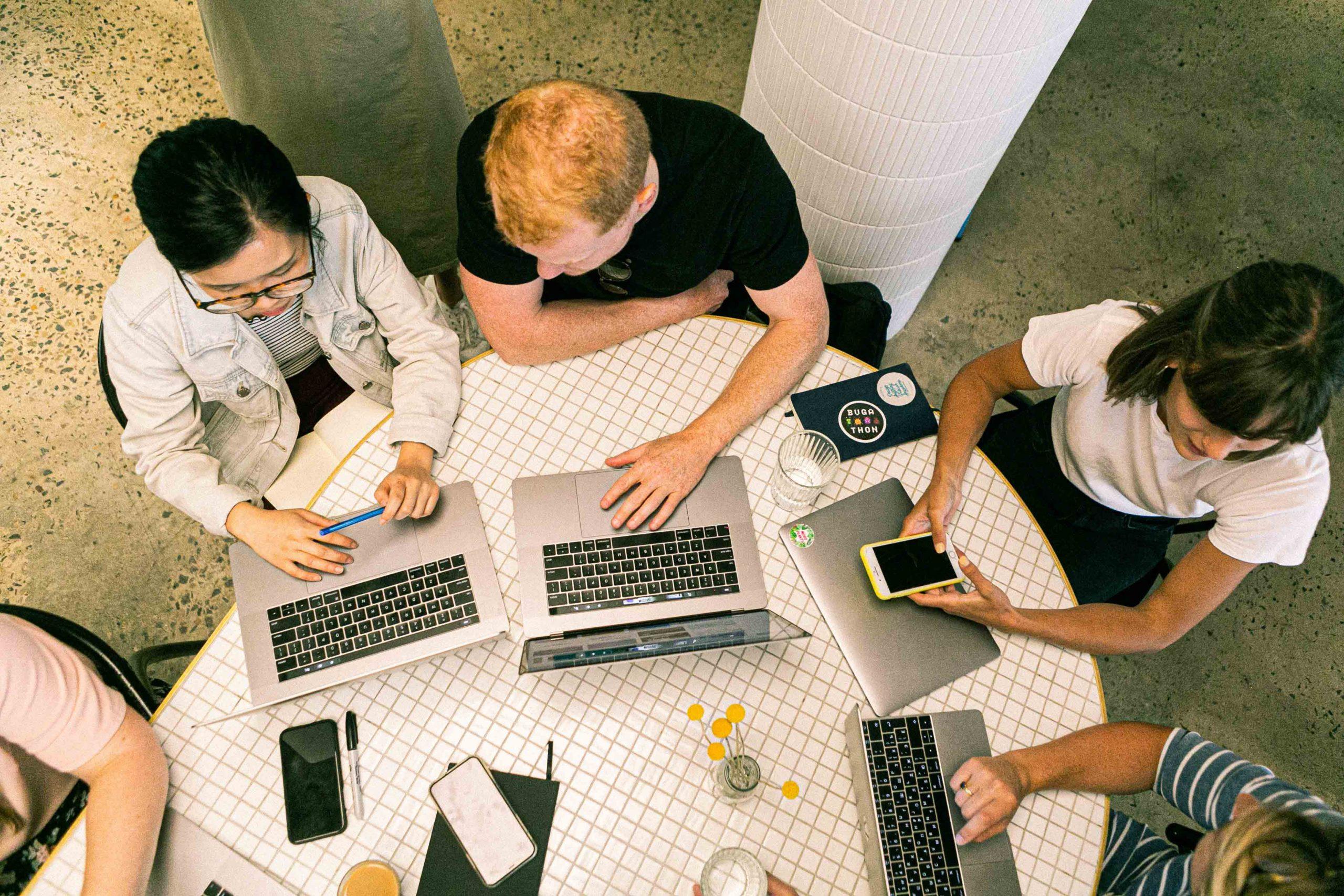¿Cómo puede prosperar tu negocio gracias a la formación digital?